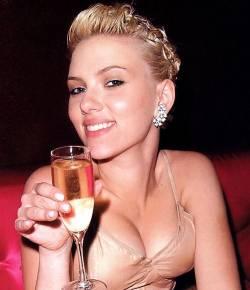 scarlett johansson champagne